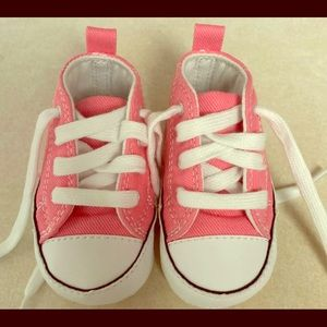 Pink baby converse shoes sz 1 NEW